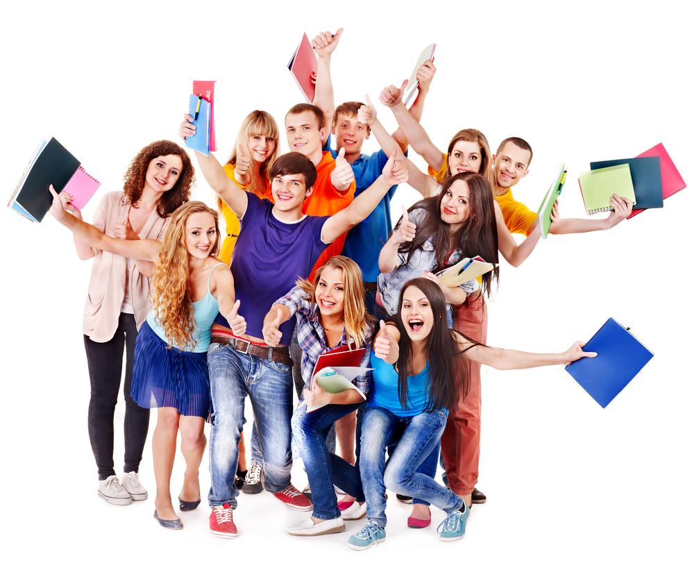 Imagen de estudiantes con materiales de oposiciones